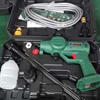 Máy rửa xe dùng pin 18V Dekton M21 CW4000